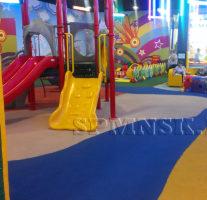 Детская игровая площадка т/ц «Гигант» Бердское шоссе, 277